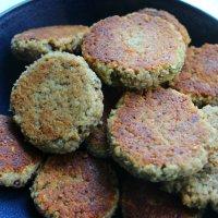 Hazelnut Pear Oatmeal Cookies